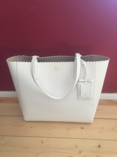 Kate Spade Hallie Cape Drive- $179- SOLD